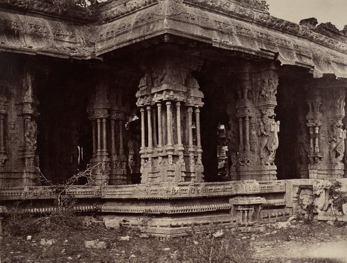 Beejanuggur. The temple of Vothoba. Enlarged view of the porch. [Close view of the Kalyana Mandapa of the Vitthala Temple, Vijayanagara.] 965165